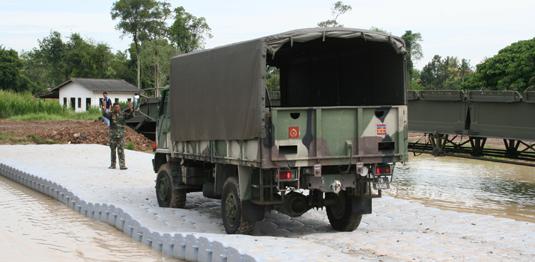Truck transversing Jetfloat bridge